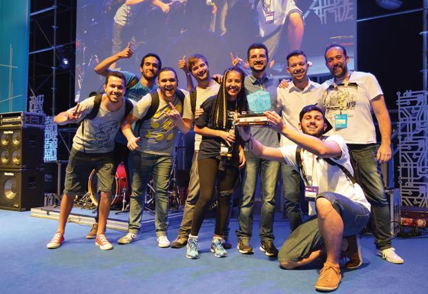 Fatec Carapicuíba ganha troféu destaque da Campus Party Brasil